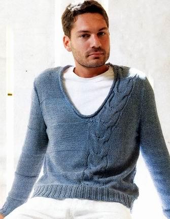 Пуловер с асимметричной косой.